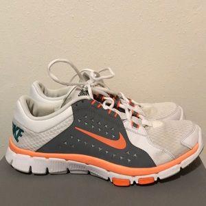 Men's Nike Shoes Size 9